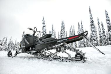 2018 Ski Doo Summit 850 165'' 2